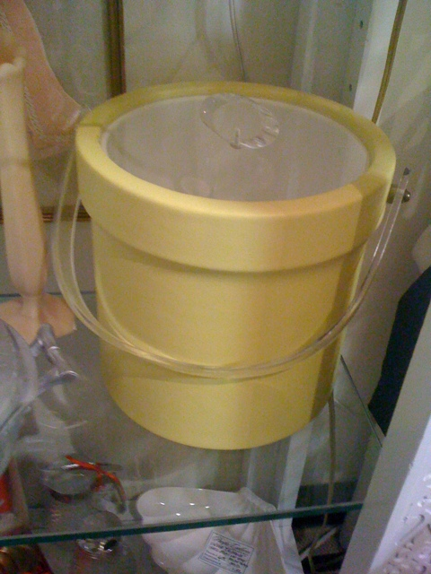 Art deco yellow and lucite ice bucket